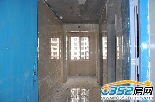 电梯前室地面 墙面 顶部全部精装修 财富官邸9.27工程进度
