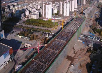 大同南中环快速路桥体拆模 预计明年年底完工